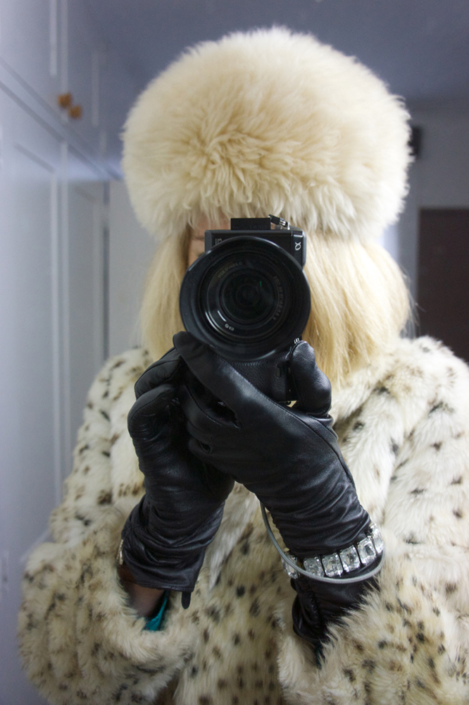 white fur coat 02