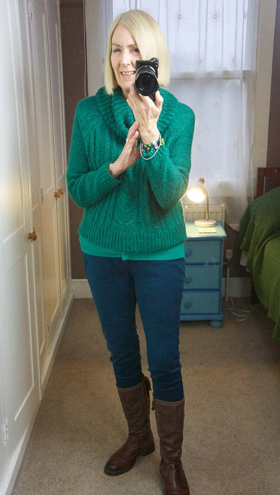 green-top-and-jeans-02-web-1