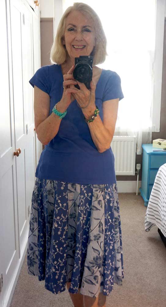 blue-outfit-web